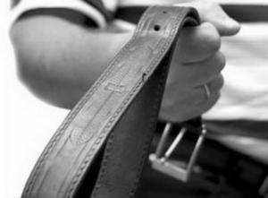 По каким причинам лишают родительских прав